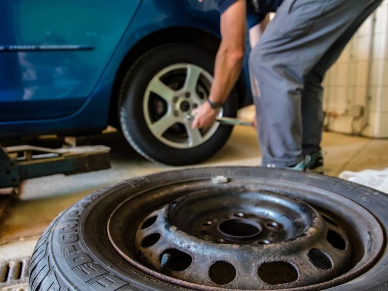 Change A Tire Like A Pro