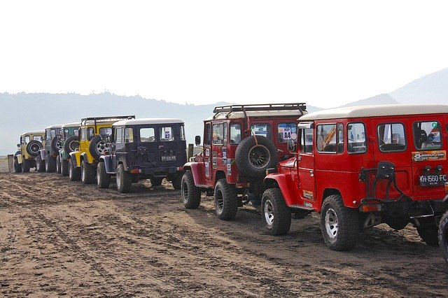Jeep Vs Truck: Know The Difference For Better Insight